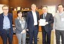 Climent entrega a Fepeval el borrador de la Ley de Áreas Empresariales para su consulta