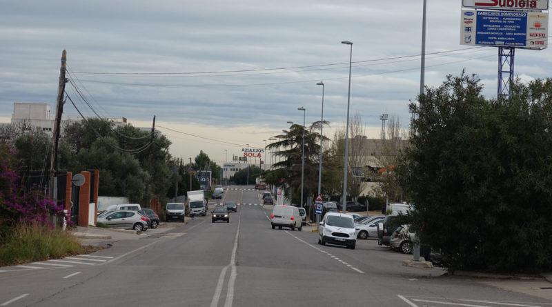 La A.E. L'Andana ejecuta más metros de acera para mejorar la seguridad vial y de los peatones